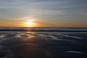 sunset-beach-1444769-m