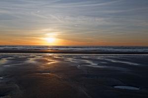 sunset-beach-1444769-m